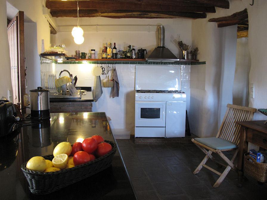 Åbent køkken med alle faciliteter Køkken